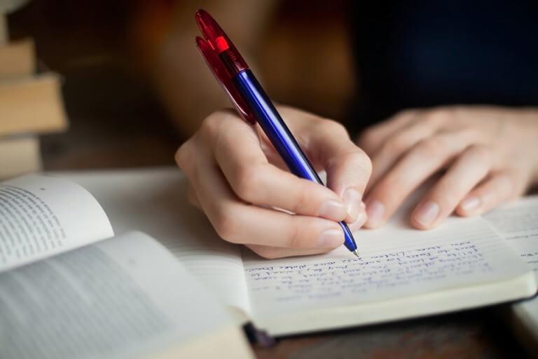 Tận dụng khả năng ghi chép khi học tập trực tuyến