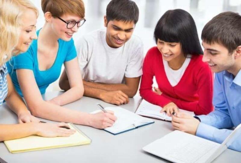 Chọn môi trường học tập phù hợp để học trực tuyến có kết quả cao